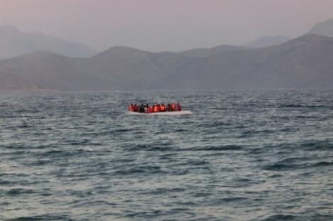 refugeesboatphotochristopherjahnifrcflickr[1]